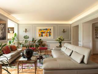 Departamento Forestal Livings de estilo clásico de Dx Arquitectos Clásico