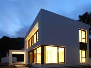 Vivienda de Calificación Energética A Casas de estilo moderno de gmg arquitectos Moderno
