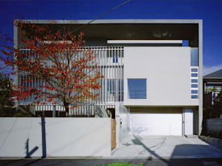 K HOUSE 荒谷省午建築研究所/Shogo ARATANI Architect & Associates 一戸建て住宅 アルミニウム/亜鉛 白色