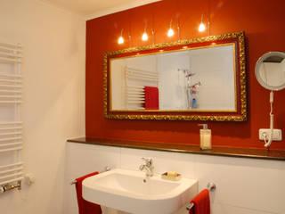 Classic style bathrooms by Minderjahn die Badgestalter Classic