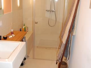 Schlauchbad : mediterrane Badezimmer von Minderjahn die Badgestalter