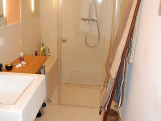 Mediterranean style bathrooms by Minderjahn die Badgestalter Mediterranean