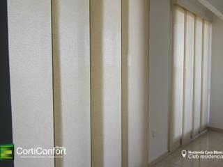 Panel japones :  de estilo  por CortiConfort