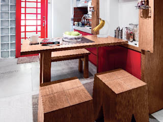 Industrial London inspired apartment: Ruang Makan oleh SATTVA square,
