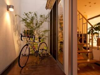 中庭: やまぐち建築設計室が手掛けた庭です。