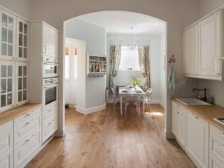 Дизайн-проект 3-х комнатной квартиры на Проспекте мира: Столовые комнаты в . Автор – Sweet Flat