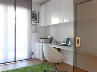 Appartamento : Studio in stile in stile Moderno di stefania talevi