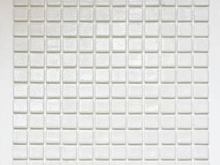 ANTYPOŚLIZGOWA BIAŁA Mozaika Szklana: styl , w kategorii  zaprojektowany przez PRIMAVERA HOME