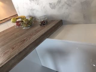 ARREDAMENTI VOLONGHI s.n.c. KitchenBench tops Than củi Wood effect