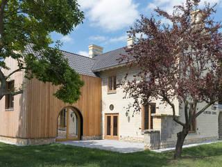 De Nieuwe Context Terrace house Wood Beige