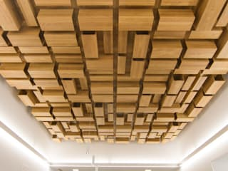 Rehabilitación de la Casa Consistorial de Lalín para dedicarla a Biblioteca Municipal Salones de eventos de estilo moderno de ENKIARQUITECTURA Moderno