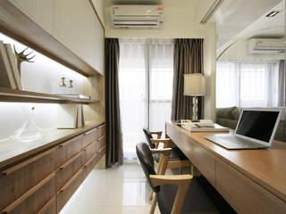 Minimalistyczne domowe biuro i gabinet od 陳府設計 Chenfu Design Minimalistyczny