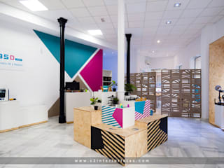C2INTERIORISTAS Modern offices & stores Wood White