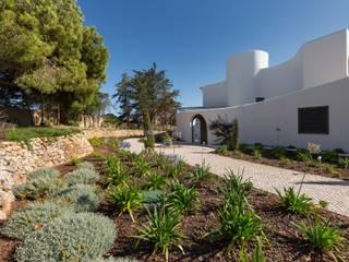 Jardíssimo Jardines de estilo moderno