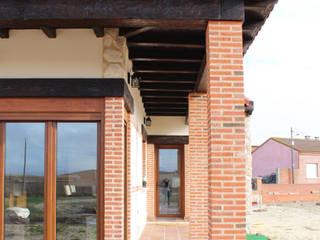 Vivienda unifamiliar rústica Casas de estilo rústico de mh11arquitectos Rústico