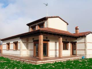 Vivienda unifamiliar rústica: Casas de estilo  de mh11arquitectos