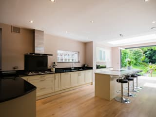Extension, Wimbledon SW19 Modern kitchen by TOTUS Modern