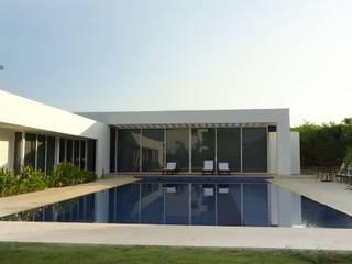 Proyectos Goqui: Casas de estilo  por GOQUI