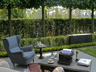 Minimalist style garden by BUGAEV Parks & Gardens Minimalist