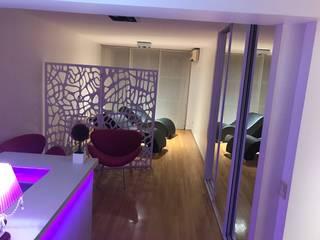 Salas / recibidores de estilo  por KOA DISEÑOS, Moderno