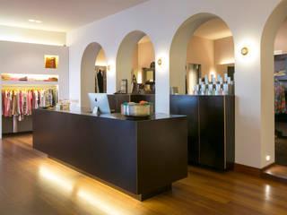 Boutique Moderne Geschäftsräume & Stores von Monika Schäfers Innenarchitektur Modern