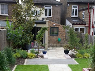 MOROCCAN GARDEN IN WALTHAMSTOW EAST LONDON Earth Designs Eclectic style garden