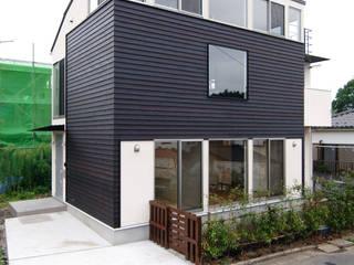 善福寺川の家: 前田敦計画工房が手掛けた家です。