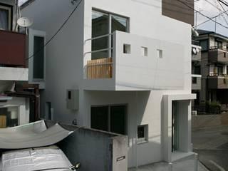 スキップフロアの家/白金台(愛犬家住宅): 前田敦計画工房が手掛けた家です。