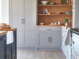 Raynham Country style kitchen by NAKED Kitchens Country