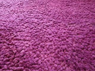 Naturfarbener Shaggy in Lavendel überfärbt: modern  von Dagobert Windolf - Experte für Orientteppiche,Modern
