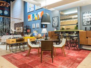 Living Multiuso - Estar, Escritório e Jantar Integrados: Salas de jantar  por Arquinovação