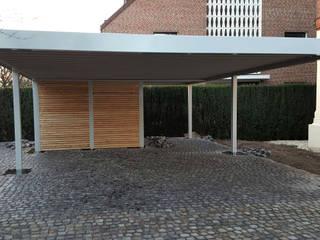 Modern garage/shed by Carport-Schmiede GmbH & Co. KG - Hersteller für Metallcarports und Stahlcarports auf Maß Modern