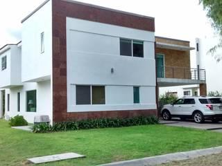 BALVANERA Casas modernas de URBANZA Moderno
