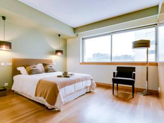 Dormitorios de estilo  de Ivo Santos Multimédia
