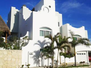 Villas by DHI Arquitectos y Constructores de la Riviera Maya, Mediterranean