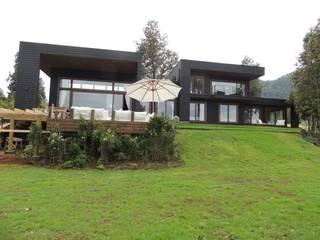 Holzhaus von David y Letelier Estudio de Arquitectura Ltda.