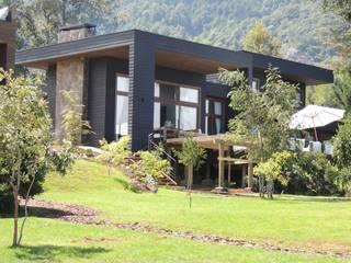 casa en Lago Calafquen Chile: Casas de estilo  por David y Letelier Estudio de Arquitectura Ltda.