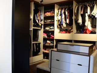 Arte FABBRO ห้องแต่งตัวตู้เสื้อผ้าและลิ้นชัก
