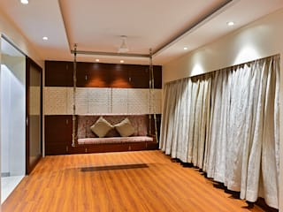 Khar Residence:  Media room by SM Studio