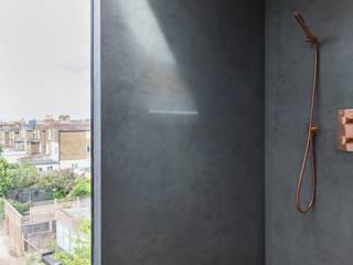 Dulwich Loft Conversation Modern bathroom by R+L Architect Modern