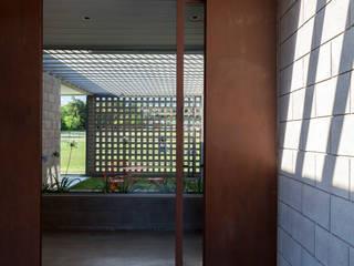BLTARQ Barrera-Lozada Modern houses