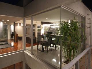 K-C house モダンデザインの ダイニング の アーキデザインワークス一級建築士事務所 モダン
