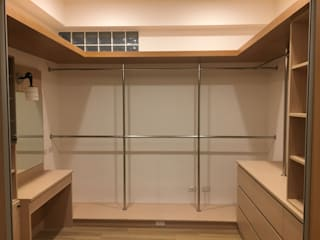 Closets  por 捷士空間設計(省錢裝潢)