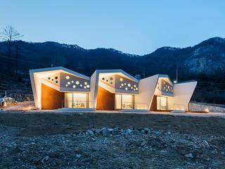 Moderne Häuser von HGA 건축디자인연구소 Modern