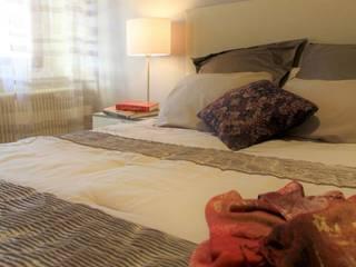 Relooking chambre Chambre moderne par Bulles d'Inspi Moderne