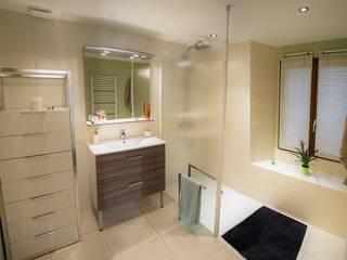 Rénovation Salle de bains Salle de bain moderne par Bulles d'Inspi Moderne