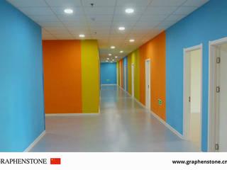 RENOVACION ESCUELA INFANTIL GRAPHENSTONE Dormitorios infantiles de estilo moderno