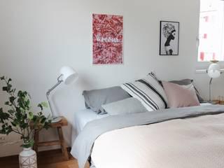 Scandinavian style bedroom by Home Staging Nordisch Scandinavian
