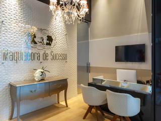 Studio Maquiadora de Sucesso Lojas & Imóveis comerciais modernos por Skala Arquitetura e Engenharia Moderno