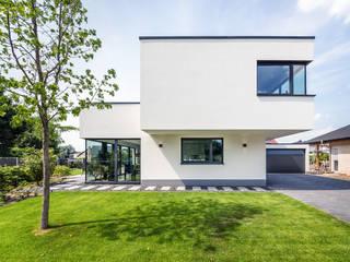 Helwig Haus und Raum Planungs GmbH Casas de estilo moderno